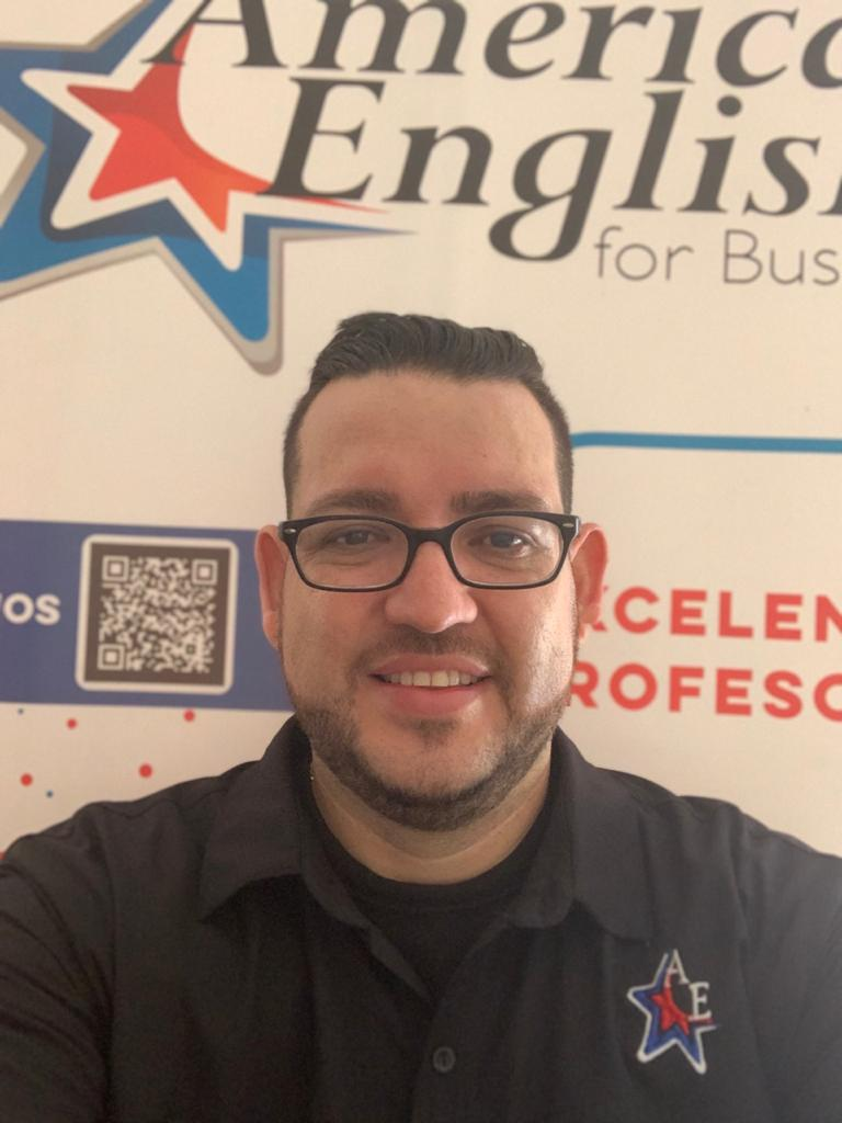 Gerardo Alfaro Profesor de American English For Business